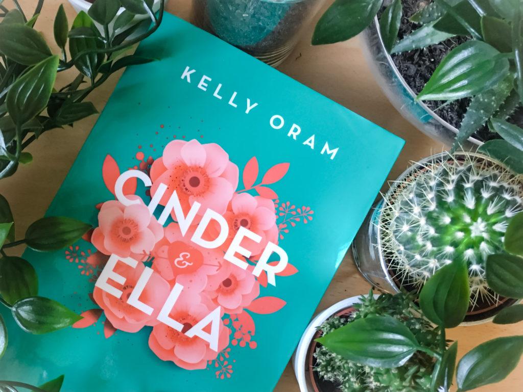 """Buch """"Cinder&Ella"""" von Kelly Oram"""