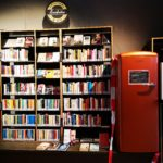 """Bücherregale mit der Aufstellung """"Regional & Bio"""""""